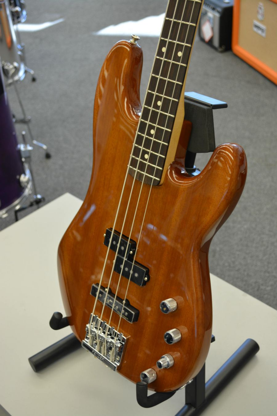 Fender Deluxe Active Precision Bass Special Okoume Rosewood Fingerboard