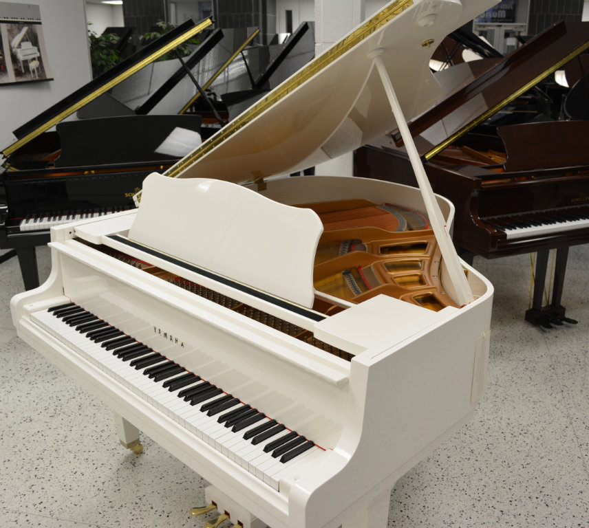 Yamaha baby grand white polish 5 39 3 ebay for Price of a yamaha baby grand piano